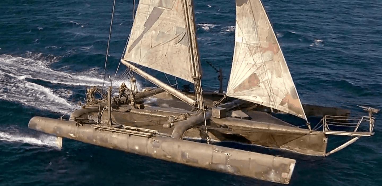 Trimaran conçu pour le film Waterworld par VPLP